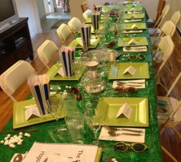 Seder table picture