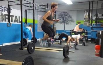 Crossfit barbell jump